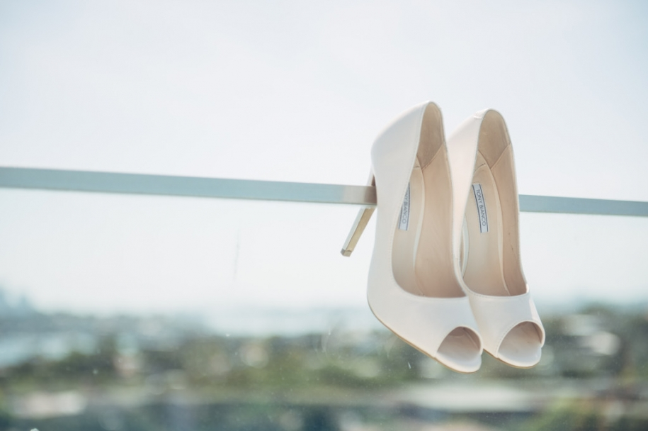 Bride-Wedding-shoes