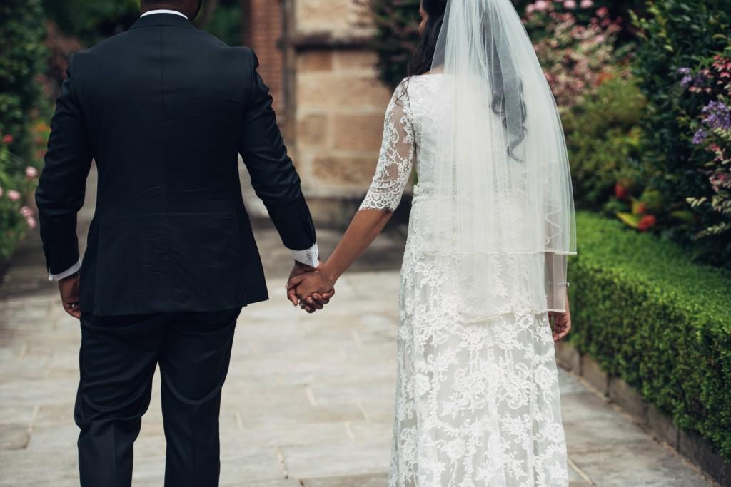Wedding Dresses Qvb Sydney : Sneha jonathan wedding hilton sydney the tea room
